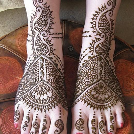 beautiful-Feet-Mehndi-Designs-2013-2014