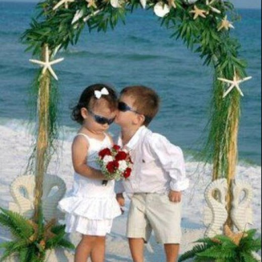 beautiful-baby-couple-picture-to-share-at-facebook-2013-2014