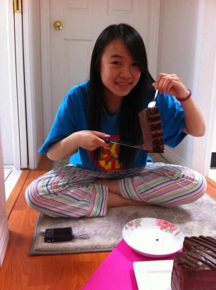 6 Layer Chocolate Cake  (4/5)