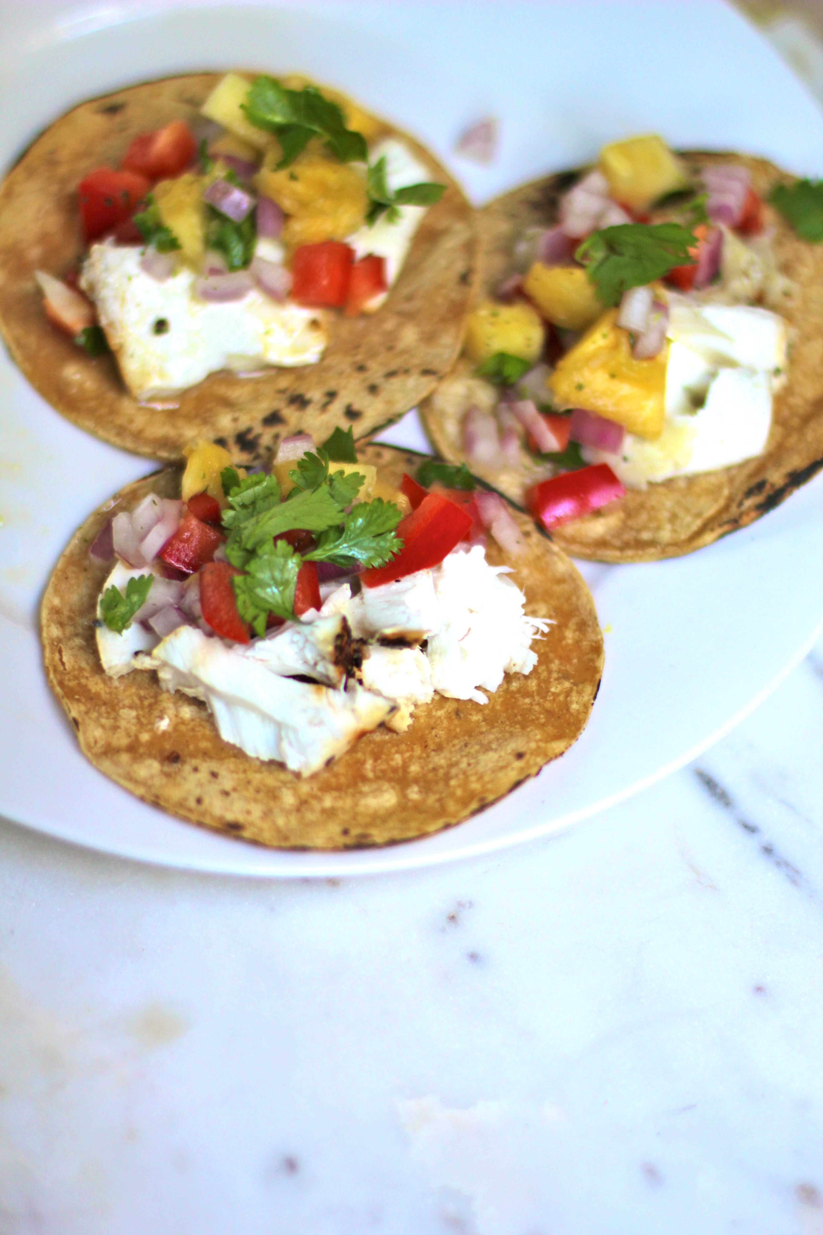 Pineapple salsa halibut tacos taco night elevated for Halibut fish tacos