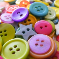 3 DIY Button Crafts