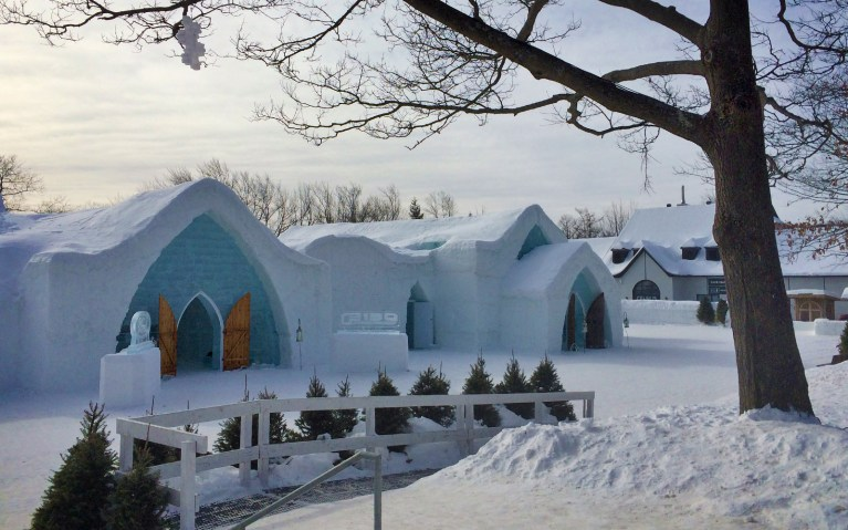 Outside of Hotel - Hôtel de Glace :: A Night of Ice in Québec City :: I've Been Bit! A Travel Blog