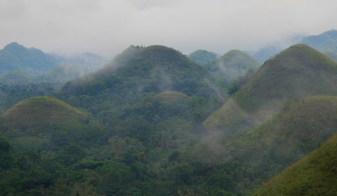 Another shot of the Chocolate Hills. You can really see how ominous they looked with the low-lying clouds.