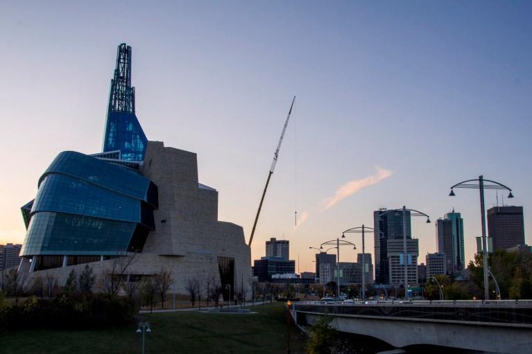 Winnipeg Skyline, Manitoba Road Trip - 7 Days of Canadian Prairie Adventure :: I've Been Bit A Travel Blog