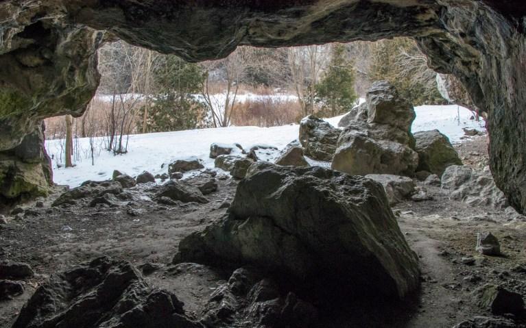 Rockwood Conservation Area Caves :: I've Been Bit! A Travel Blog
