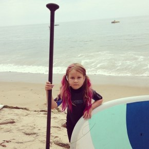 Tori Spelling's daughter Stella, 6, getting ready to go paddleboarding
