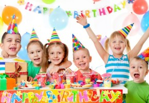 Help! Is it normal that… I don't want to invite the whole class to my son's birthday party?