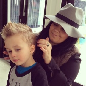 Bec Judd's son Oscar, 3, getting his hair spiked up