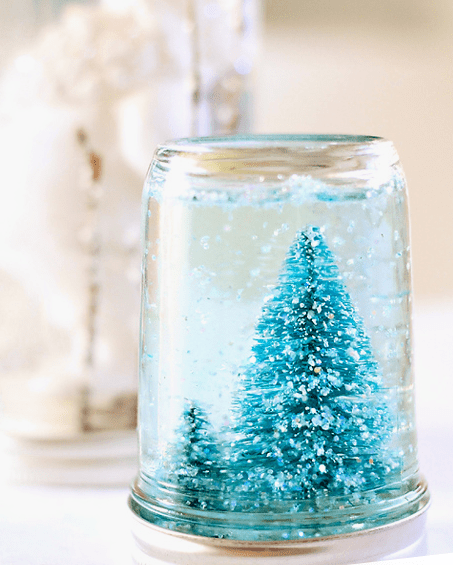 12 days of holiDIY: 10 mason jars filled with holiday spirit