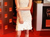 Even if that dress stood a chance, Kristen Stewart's pose kills it. Pull yourself together woman!