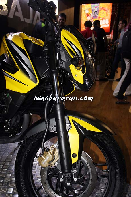 Pulsar 200NS Indonesia