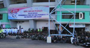 Persiapan pelaksanaan apel pembukaan PON XIX, di Stadion GBLA, Rabu (14/9).