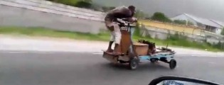 This Pushcart runs on Gas – Only in Jamaica! (Video)