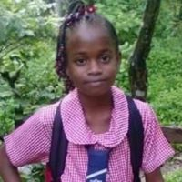 Decomposing Body of 12-Yr-Old Girl Found in Bushes