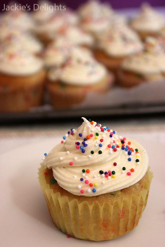 Funfetti Cupcakes.3
