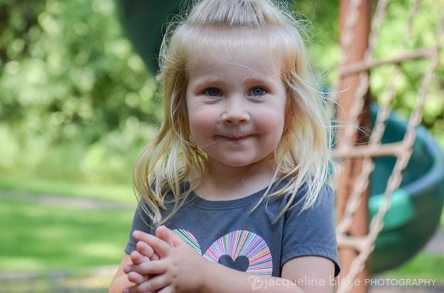 Lifestyle children's photography at Ham Lake Park
