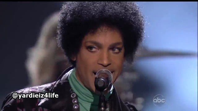 "Prince Performing ""Fix Ur Life Up"" Live At The Billboard Music Awards 2013"