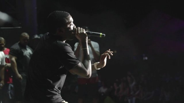Meek Mill – Levels & Dreams And Nightmares (Live In Philly w/ The Roots)