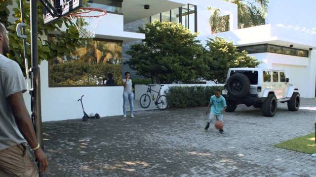 "LeBron James ""At Home"" Samsung Mobile Commercial"