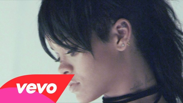 Behind The Scenes: Rihanna – What Now (Music Video)