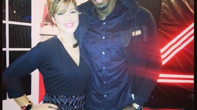 Usain Bolt Supporting Tessanne Chin on the Voice USA 2013