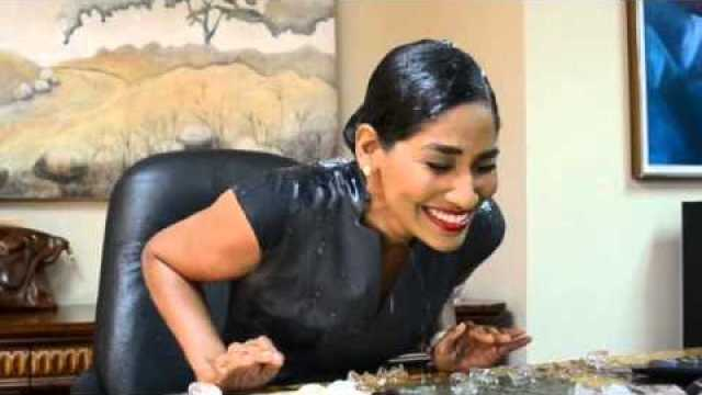 Lisa Hanna takes ALS Ice Bucket Challenge