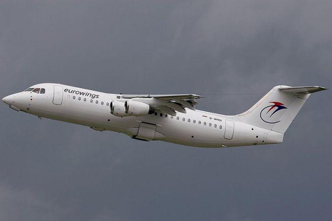 800px-British_Aerospace_BAe-146-300A,_Eurowings_AN1236399.jpg