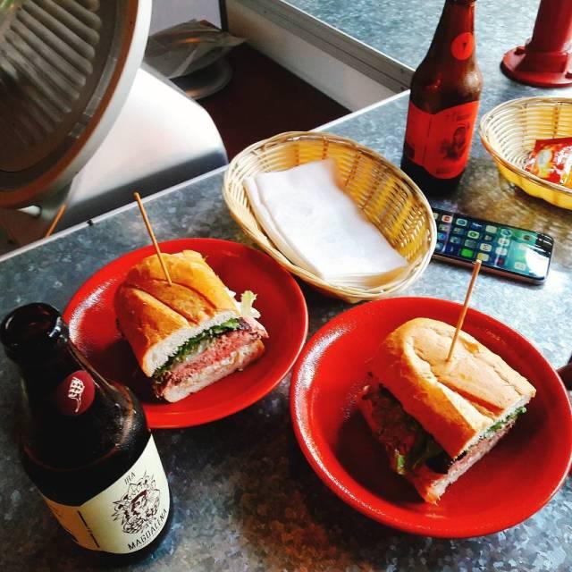 en Deli Callao este es un sandwich de Roast beefhellip