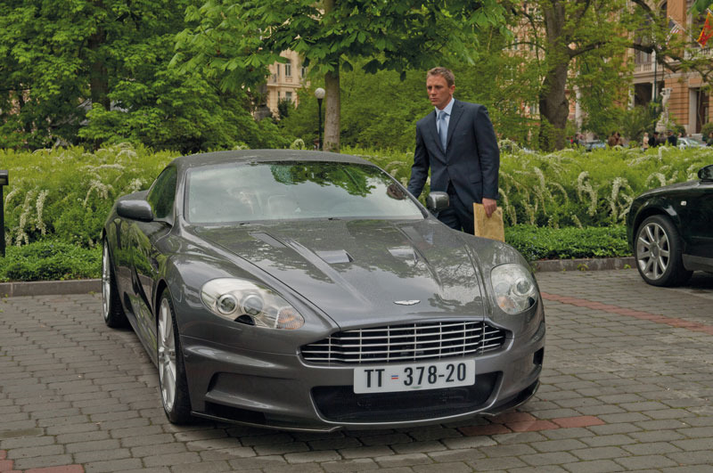 aston_martin_dbs_casino_roy