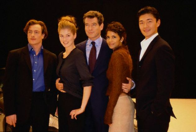 L-R: Toby Stephens, Rosamund Pike, Pierce Brosnan, Halle Berry and Rick Yune. January 11, 2002 London, England, UK