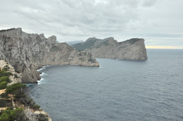 Cabo de Formentor. Okoliczne klify.