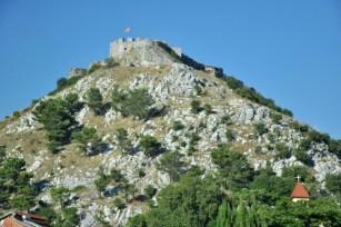 Wzgórze nad Szkodrą z twierdzą Rozafa wznoszoną i namiętnie rozbudowywaną od III w.p.n.e.