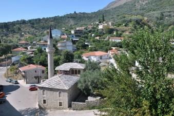 Tzw. stary meczet pod murami twierdzy.