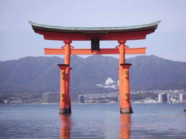 japan-127073_640