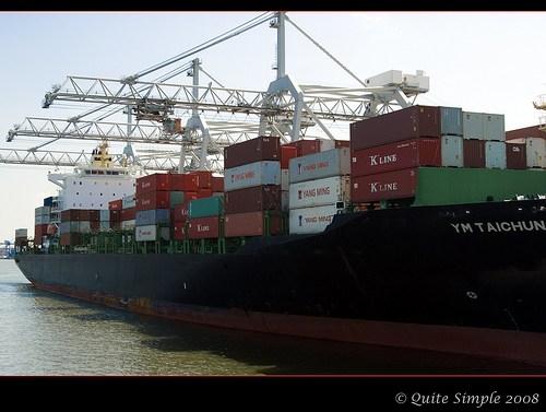 Met je naheffing: Strop van half miljard voor de fiscus, onderzoek naar investeringen in zeeschepen