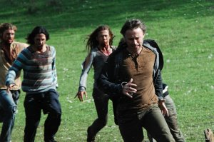 28 Weeks Later Robert Carlyle on the run
