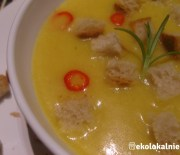 Krem z dyni z curry i imbirem