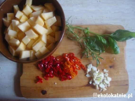 Gnocchi z dynią i prażonymi orzechami w aromatycznym maśle
