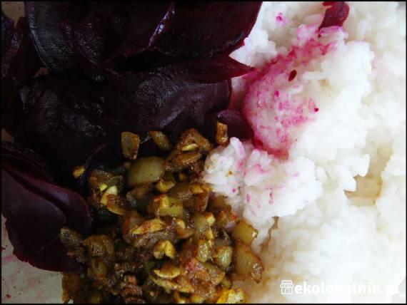 Pasta z ryżu i buraka