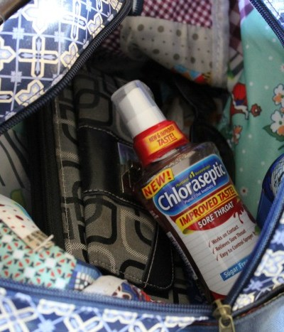 5 Essentials Every Woman Needs to Keep in Her Purse