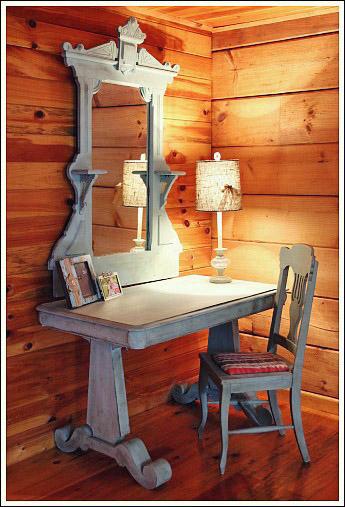 Log cabin interior design see a guest bedroom makeover for Affordable rustic bedroom furniture