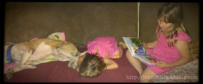 Books for big sisters Big Sister Is So Awesome She Got An Award! Little Sisster Loves Story Time
