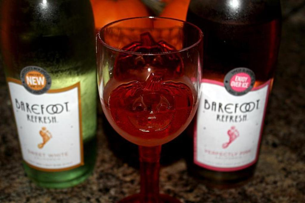 Barefoot new wine 1024x682 Getting Barefoot with Sweet White Wine & Perfectly Pink Wine!