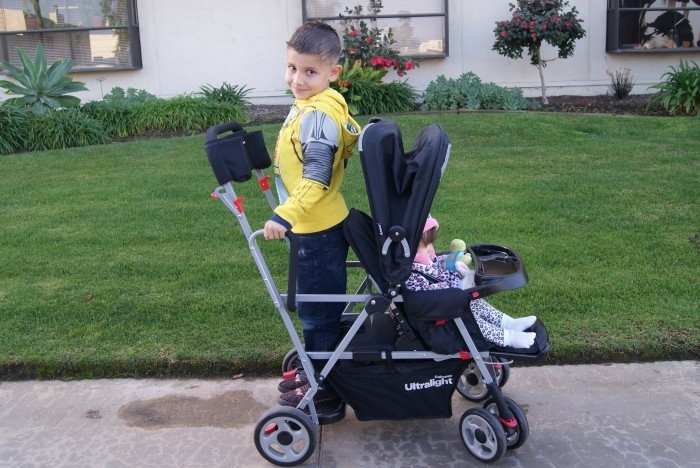 Kids Life Is so much Easier With The Joovy Caboose Ultralight!!