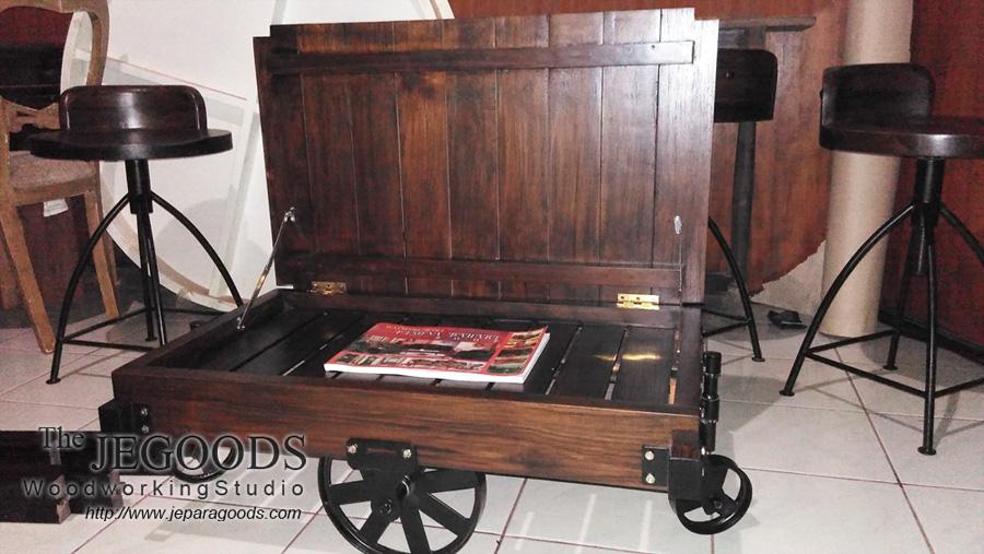 Gerobak Coffee Table Industrial Wheeled Cart Meja Gerobak Roda Besi