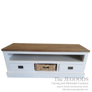 buffet white painted rustic furniture jepara,white painted furniture jepara,buffet rustic painted jepara,furniture painted antique jepara,buffet rattan basket,jepara white painted furniture,antique reproduction painted jepara goods,buffet shabby chic keranjang rotan