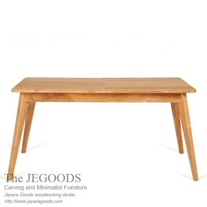 Ticha Dining Table