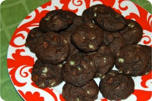 12 Days of Christmas Cookies: Chocolate Mint Chip Cookies
