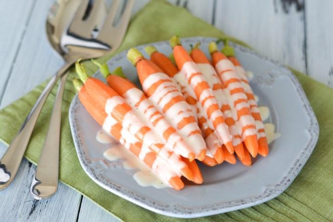 Garlic Parmesan Steamed Carrots