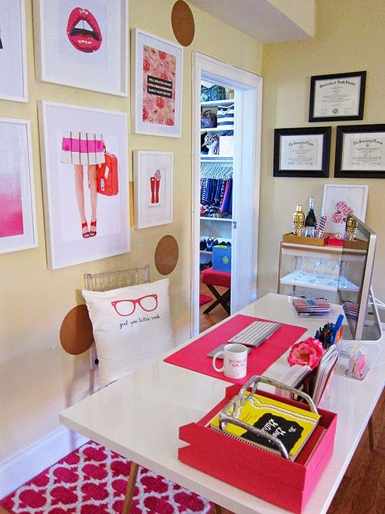 7 Creative Office Space Ideas - Pink